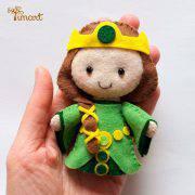 rainha-elinor-valente-mãe-feltro-molde-pocket